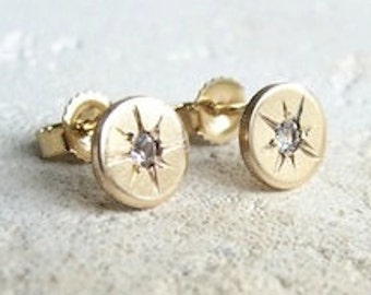 Starry -Eyed stud earrings