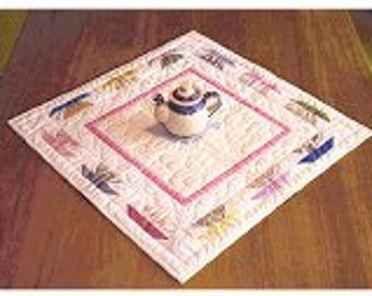Paper-pieced teacup table topper pattern - Tea-lightful