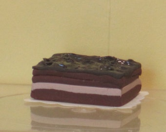 Layered brownies dollhouse miniature food