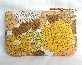 Vintage Fabric Purse, Make Up Bag, Zip Pouch, Chrysanthemum Print, 1970s Floral Yellow Brown and White