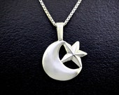 Moon Of Long Nights (December), Necklace
