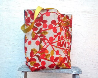 Leaf and Berry Tote Bag. Vintage German Decoration Fabric. Market Bag with Yellow Handles and Buttons.