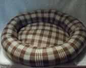 Colorado Cabin Medium Dog Bed