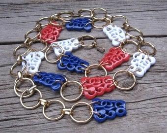 Link Belt Plastic Chain Belt 60s 70s Red White + Blue Vintage Belt sz S-M-L