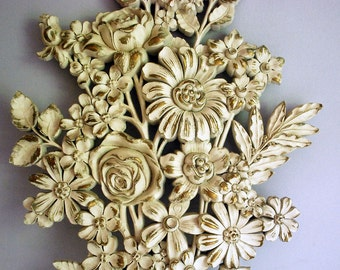 Syroco Wood Plaque, Floral Bouquet Wall Hanging, Hollywood Regency Decor, White Gold Flowers, Faux Wood Interior Decoration, Ornate Carving