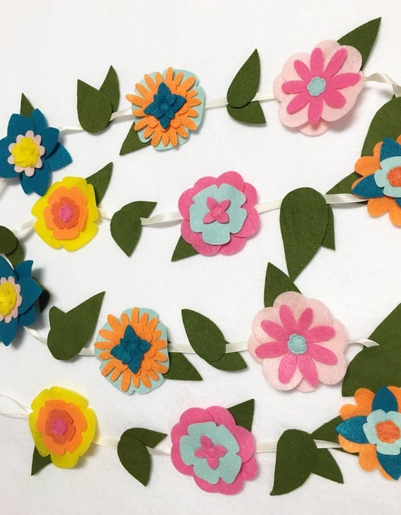 Flower Garland, Tropical Bloom, Felt Flower Garland, Room Decoration, Nursery Decor, Wedding, Party Decoration