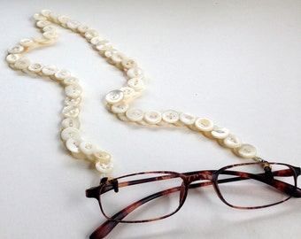 Glasses Chain in Vintage Mother of Pearl Buttons