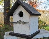 Primitive Birdhouse White Black Chickadee Wren Cute Songbirds  Cleat