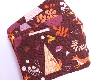 Mug rug quilted snack mat set of 4 in woodland fox fabric, mini placemat, coaster