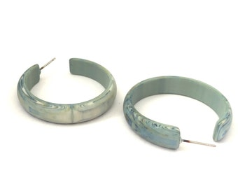Ice Blue Hoop Earrings | Light Blue Marbled Hoops | matte vintage lucite midi hoop earrings | Leetie Lovendale #MOD-2TQ