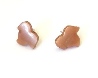 Champagne Leaf Stud Earrings   Beige Moonglow Leaf Stud Earrings   vintage lucite post earrings