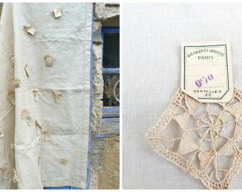 Vintage Antique 1900/1930 One of a kind French mall store Galeries Lafayettes 30 needle lace samples on a linen cloth