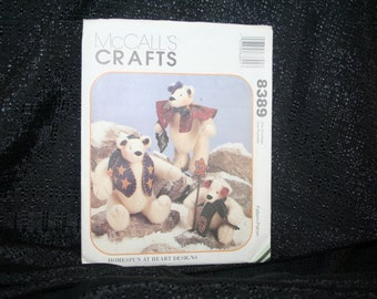 Vintage McCall's 8389 Christmas Snow Bear's Sewing Pattern SEWBUSY12