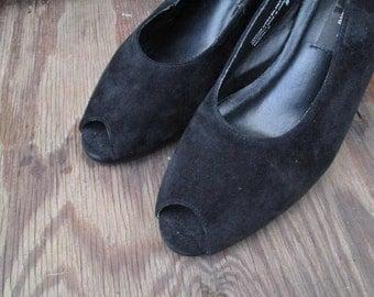 Black Peep Toe Shoes 90s vintage Black Suede peeptoe 40s style shoes vintage 90s minimalist slingbacks 8