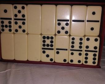 Dominos by Cardinal
