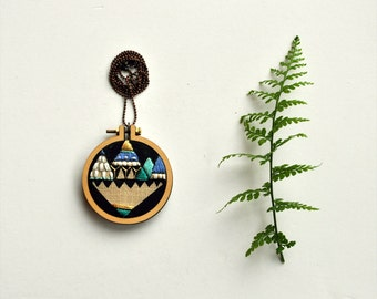 hand embroidery necklace - Diamond Mountain