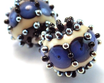 Gilded Sapphire Windowpane Ornate Rounds