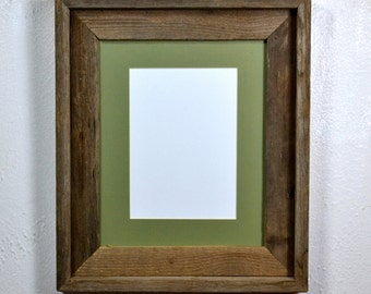 Rustic style 8 x 10 picture frame with 5 x 7 or 8 x 6 mat