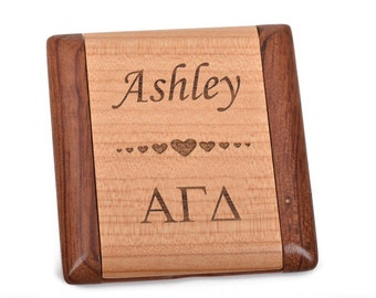 ALPHA GAMMA DELTA Personalized Wood Engraved Pocket Mirror, grk0001c