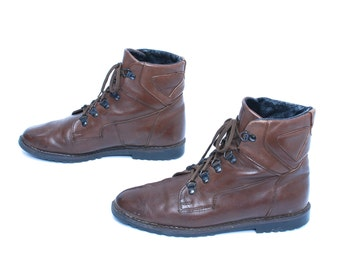 size 8.5 GRUNGE brown leather 80s 90s COMBAT HIKING lace up ankle boots
