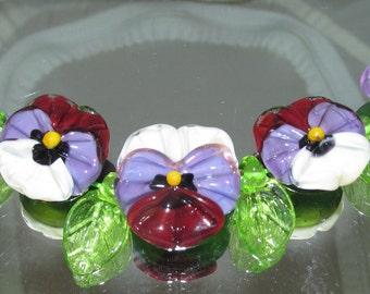 Pansy Set. Lampwork beads by Teena