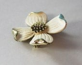 Brooch Gold and Ivory Enamel  Maybe Sarah Coventry  1970s  No. BRO 0002