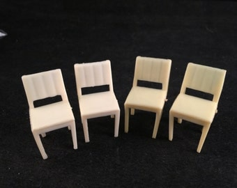 Set of 4 Vintage Off White Plastic Dining Room Chairs Doll House Furniture