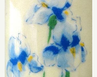 Valentines Day Sale 1970's McCoy Flower Vase, Flag Flower, Floral Vase, Pastel Cream Color, Lovely Piece, Ohio Pottery, Shabby Chic