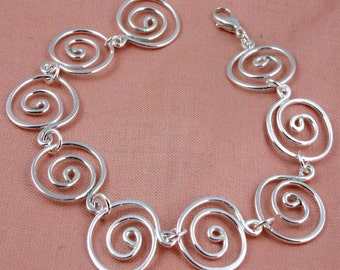 Maxi Swirl Bracelet