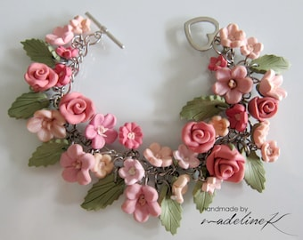 Pink Bridal Charm Bracelet, Handmade Polymer Clay Flower Bracelet, Pink Flower Jewelry, Pink Garden Bracelet, Pink Wedding Jewelry