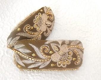 Dark green barrette, hair clip, beaded hair jewelry, embroidered barrette, fabric barrette, oval barrette, hair accessory