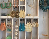 Jewelry Holder white rustic