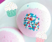 Bath Bomb. Best Friend Gift. For Her. Buttercream CUPCAKE Bath Bomb, Bath Fizzy, Birthday. Wife. Teen Gift. Teen Girl. Birthday Bath Gift
