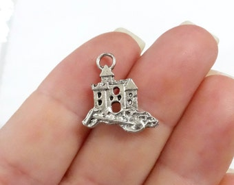 10, Sand Castle (double sided) Charms 16x16x2mm ITEM:BI35