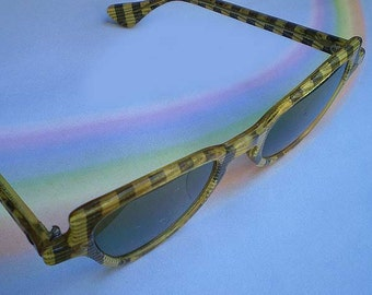 Vintage 40s Plaid Rockabilly Sunglasses Display Only