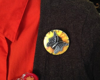 butterfly on sunflower button brooch