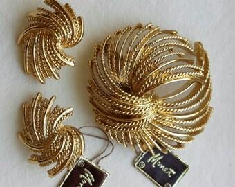 Monet Mirador Brooch and Earrings Set Vintage 1960's