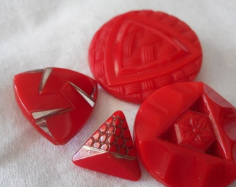 Lot of 4 VINTAGE Red Triangle Design Glass BUTTONS