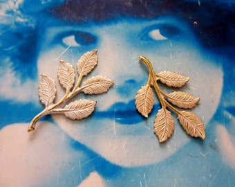 Gold Plated Frosted White Patina Brass Branch with Leaves 760WHT x2