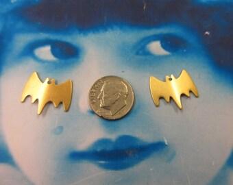 Natural Raw Brass Small Batman Style Charms  1188RAW x4