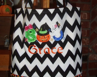 Personalized trick or treat bag, girly BOO applique, machine embroidery, Halloween bag