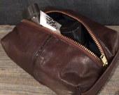 Men's grooming pouch