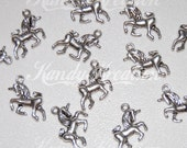 10 Silver Unicorn Charms Pendants for Jewelry Making Craft 15.5mm Party Favors bangle bracelet necklace charm silver tone
