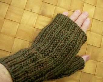 Fingerless Ribbed Gloves