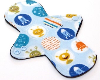"""Reusable Cloth Menstrual pad- 8 inch LIGHT flow pantyliner-bamboo/organic cotton core- Windpro - cotton flannel in """"Spacey Aliens"""""""""""