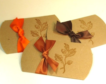 10 Thanksgiving Pillow Boxes - Hand stamped - Acorn - Ribbon - Tags