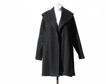 Vintage Black Wool Coat / Large Collar Half Coat