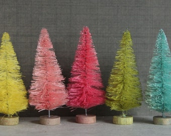 Bottle Brush Trees - 4 Inch Dyed Gumdrop Colors -  Vintage Style Putz Village Bottle Brush Christmas Trees - Miniature Dollhouse Display
