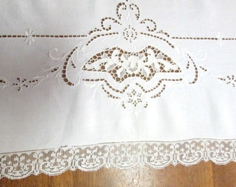 Antique Lace Tablecloth Vintage White Linens Italian Point de Venise Needlelace