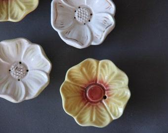 Hand-Painted Flower Tea Bag Rest w/ Drain
